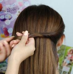 六步打造韩式婉约盘发发型