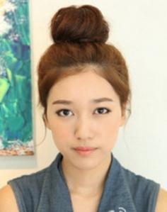 青春减龄韩式瘦脸丸子头扎法图解
