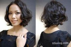 最新发型女烫发流行元素 烫发也能够如此干练甜美