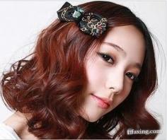 女生短发烫发发型图片 引领时尚潮流