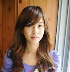 韩式卷发发型图片 展现女生妩媚一面