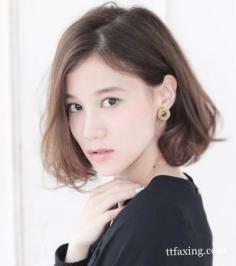 2014年韩式卷发发型图片 可爱少女约会发型