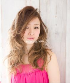 长发烫发发型图片分享 打造完美气质女郎
