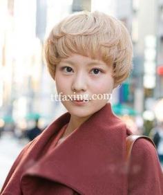 中年妇女发型图片 对抗衰老唤醒青春