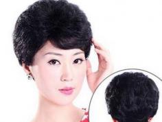 适合中年妇女的发型图片 唤醒青春跻身年轻人行列