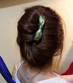 长直发发型扎法步骤 简单DIY知性甜美盘发
