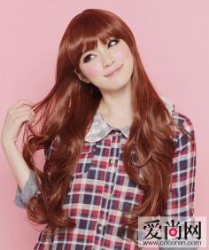 齐刘海发型图片赏析 甜美卖萌让自己显得更青春活泼
