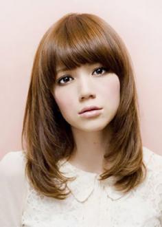 直发发型图片 2012最流行的直发发型