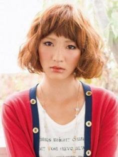打造V型脸蛋的6款人气刘海发型(图)