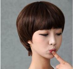 学生头短发发型图片展现出你与众不同的风情哦!