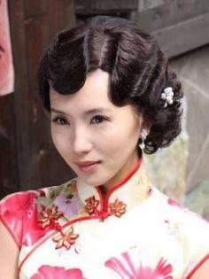 明星发型之气质型复古修脸型发型 华丽优雅