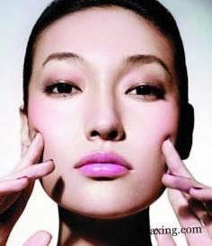 脸上红血丝怎么消除有效 敏感肌肤急救护理方法分享