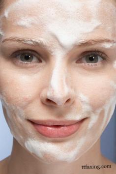 t区毛孔大怎么办 补水保湿去角质助你恢复零毛孔