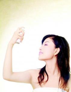 春季皮肤干燥脱皮 解析春季敏感肌肤护肤技巧