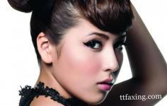韩式猫眼妆的画法揭秘 升级你的性感魅力