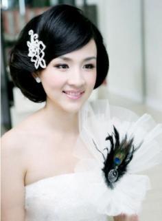 甜美漂亮的短发新娘造型,让你做一个美丽的短发新娘