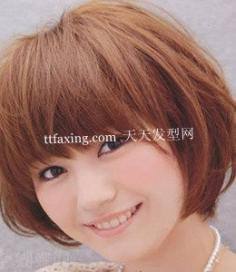 一见倾心的韩式中短发发型扎法 演绎个性