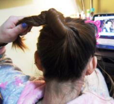 韩式盘发步骤图片 可爱发型扎法