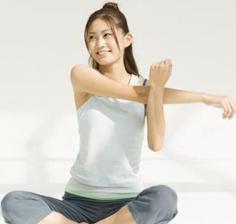 如何减手臂上的赘肉 教你几招帮你快速瘦手臂