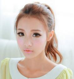 日系妆容有什么特点 颜色混搭特点鲜明