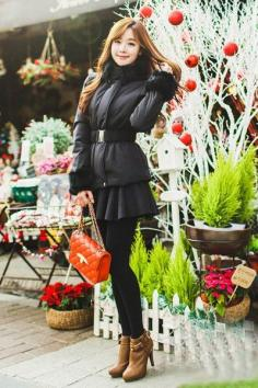 冬季女生服装搭配图片 既要温度也要风度