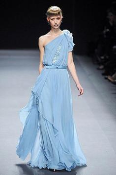 晚礼服搭配 打造典雅丽质的女神