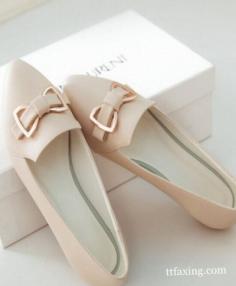女士时尚鞋子图片推荐 单鞋凉鞋运动鞋让你一网打尽