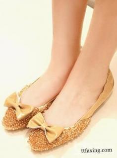 秋款单鞋 让你清新甜美HOLD不住