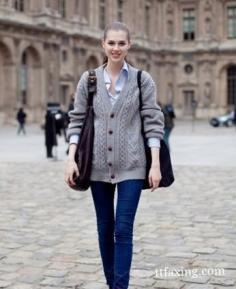 街拍紧身裤显瘦 帮你塑造完美身材