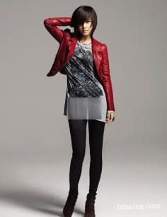 红色皮衣怎么搭配更出彩?小编为你解答