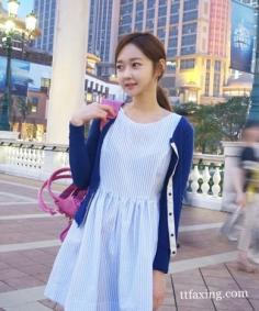 蓝色针织开衫搭配 凸显你的优雅女人味