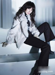 尹恩惠最新冬装OL装写真 尽显职场女性优雅干练气质