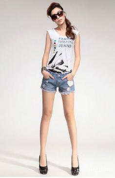 夏季热裤搭配技巧分享 秀美腿享清凉