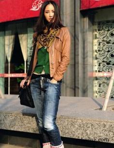 牛仔裤搭配微喇vs直筒 女星教你穿出不一样的味道