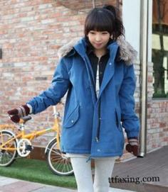 达人示范矮个子女生穿衣搭配 冬季棉衣演绎高挑身材
