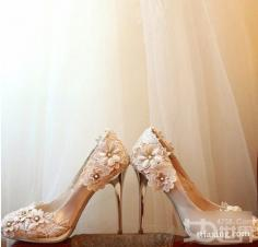 绚丽高跟婚鞋为你诠释浪漫婚礼