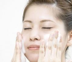 学会洗脸的正确方法 有利于肌肤健康