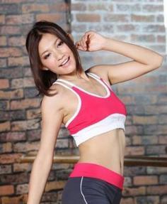 瘦手臂动作详解 教你轻松练出纤纤细臂