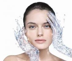 皮肤干燥起皮怎么办 了解干燥根源是关键