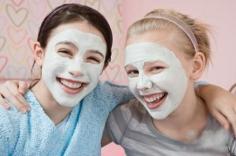 夏日粉刺怎么消除 外敷蒸脸还原光洁肌肤